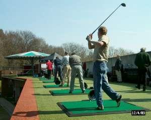 http://www.golfbaanhandboek.nl/_media/onderdeel/drivingrange/driving_range_1.jpg?w=300&tok=3af70d