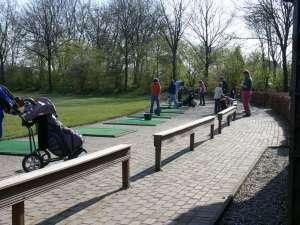 http://www.golfbaanhandboek.nl/_media/onderdeel/drivingrange/driving_range_2.jpg?w=300&tok=93eef5